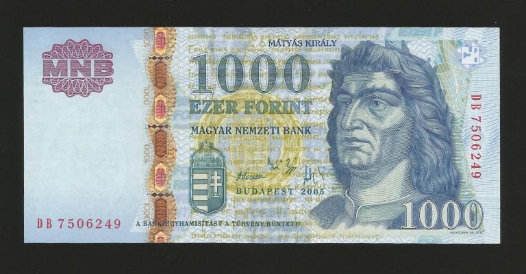 2005DB
